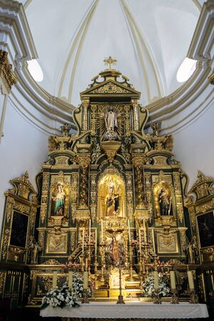 altar: Golden Altar in the Church of the Encarnacion in Marbella Editorial