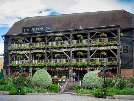 inn: The Dickens Inn at St Katherines Dock