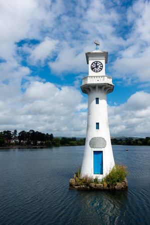 commemorating: Lighthouse in Roath Park commemorating Captain Scotts ill-fated voyage to the Antartic Stock Photo