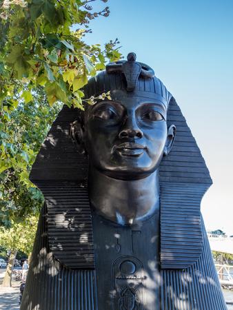 esfinge: La Esfinge en el terrapl�n en Londres