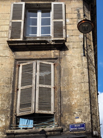 rue: The Buildings in Rue Notre-Dame Bodeeaux Have Seen Better Days