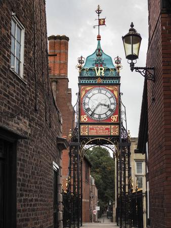 numeros romanos: Ciudad Victoria reloj en Chester Editorial
