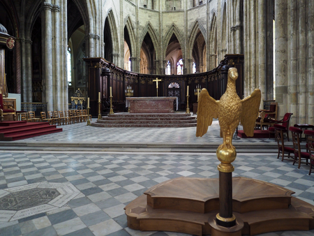 andrew: Interior View of the Altar and Lecturn in the Cathedral of St Andrew in Bordeaux