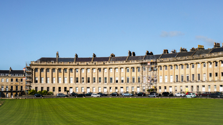 townhouses: Houses in the Royal Crescent in Bath