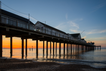 southwold: Sunrise over Southwold Pier