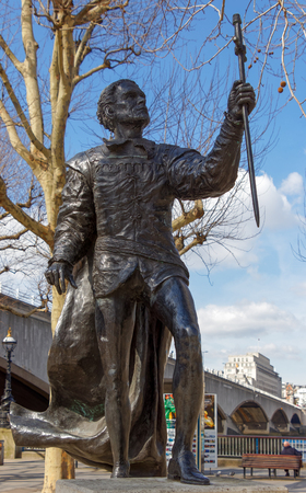 LONDONUK - MARCH 21 : Statue of Laurence Olivier in  London on March 21, 2018. One Unidentified Person.