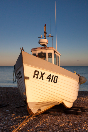 DUNGENESS, KENTUK _ DECEMBER 17 :  Fishing Boat on Dungeness Beach in Kent on December 17, 2008 報道画像