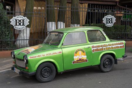 BUKAREST / RUMÄNIEN - 21. SEPTEMBER: Trabant, der in Bukarest Rumänien am 21. September 2018 geparkt wird