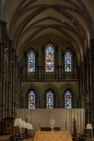 ROCHESTER, KENT/UK - MARCH 24 : View of the altar in the Cathedral at Rochester on March 24, 2019 Editoriali