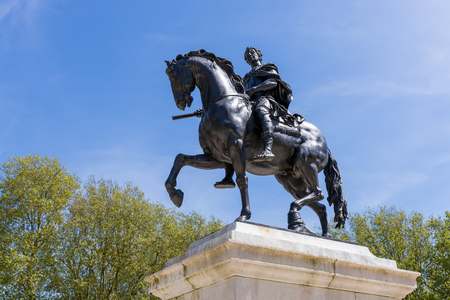 BRISTOL, UK - MAY 14 : Statue in memorial William III in Bristol on May 14, 2019 報道画像