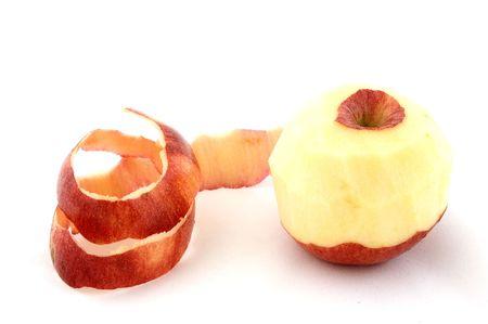 soyulmuş: A peeled red apple
