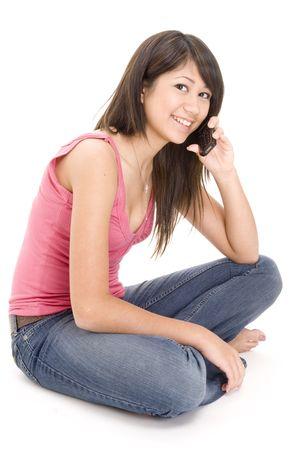 conversa: Un guapo joven mujer habla por su tel�fono