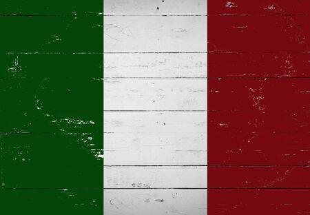 italian flag: Bandera italiana pintada en una tabla de madera