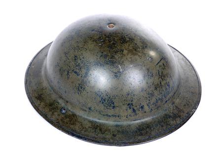영국 ww2 군사 헬멧 흰 배경에 고립 된
