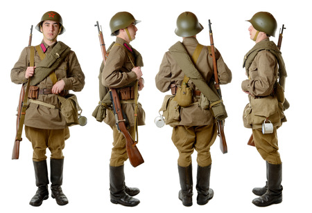 Soviet soldier in 1941, front, profile and back