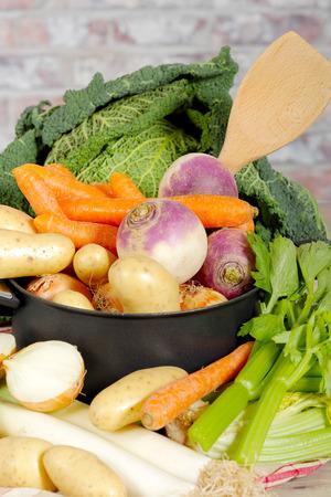 Légumes pour la préparation du français pot-au-feu