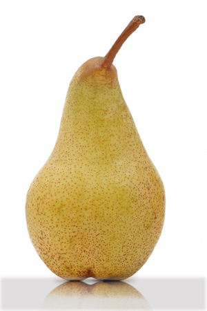 pear isolated on a white background with reflexion Banque d'images