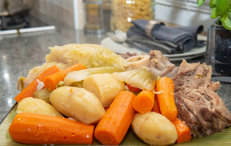 ragoût de bœuf et légumes, pot au feu Banque d'images