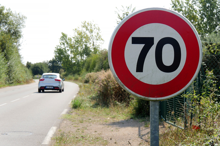a limit speed at 70 km/h on the french roads