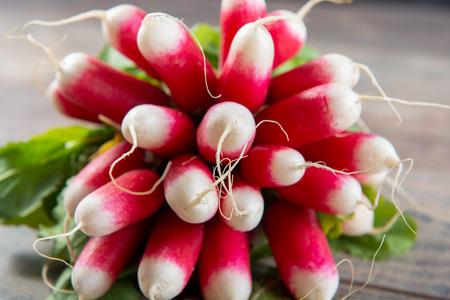 delicious radishes oranic brunch on a  rustic table 版權商用圖片