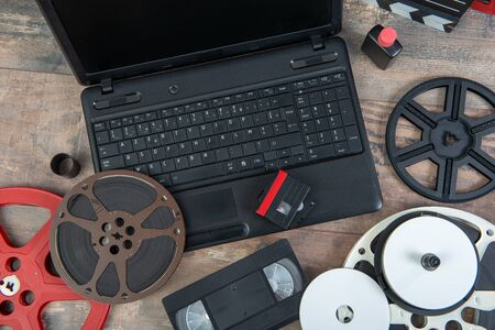 scanning old 16 mm and VHS film with a laptop