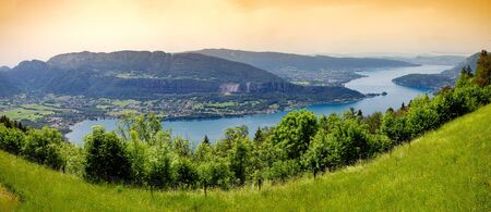 a view of lake of Annecy, french Alps Imagens