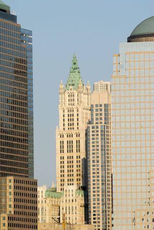 artdeco: El centro de rascacielos en Manhattan, Nueva York Foto de archivo