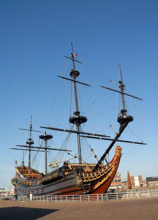 den: Sailing ship in the harbor of Den Helder, the Netherlands