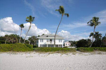 florida house: Beautiful house at the beach of Naples, Florida USA