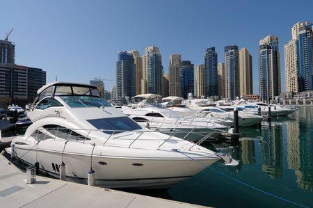 Luxe jachten op Dubai Marina. Dubai Verenigde Arabische Emiraten