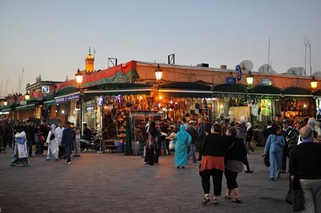 marrakesh: Piazza Djemaa El Fnaa a Marrakech, Marocco. Foto scattata al 20 novembre 2008  Editoriali