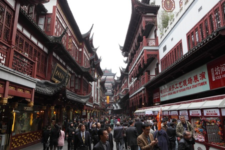 Yuyuan Bazar in the old town of Shanghai, China. Photo taken at 17th of November 2010. Stock Photo - 8449315