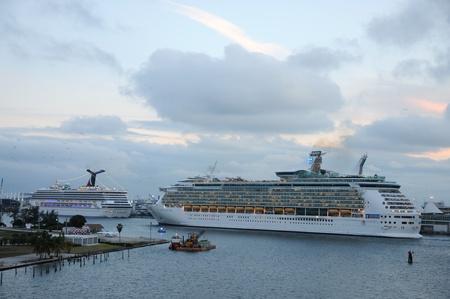 Cruise ships in Port of Miami, Florida. Photo taken at 25th of November 2009 Stock Photo - 8683708