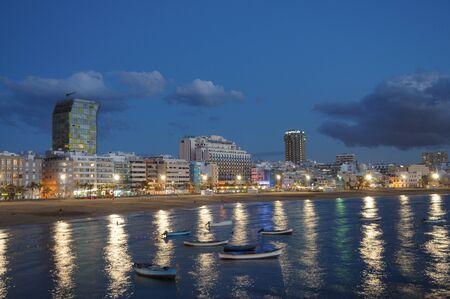 fischerei: Las Palmas de Gran Canaria in der Nacht, Grand Canary-Spanien. Fotos, die am 14. April 2010