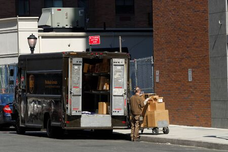 ups: United Parcel Service Truck in New York City. Photo taken at 16th of April 2008