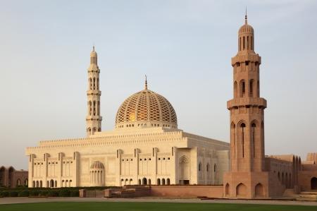 mezquita: Gran Mezquita del Sult�n Qaboos en Mascate, Om�n