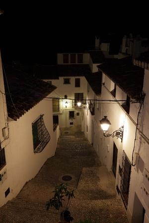 altea: Street in the old town of Altea, Spain