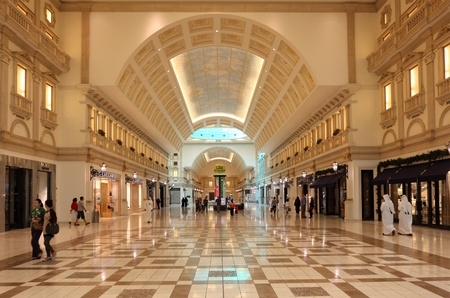 Inside of the Villaggio Mall Shopping Center in Doha, Qatar. Photo taken at 7th of January 2012 Stock Photo - 12073997