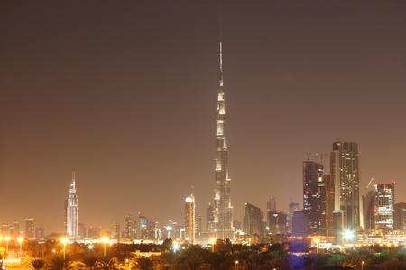 Verenigde Arabische Emiraten: Skyline van Dubai 's nachts, Verenigde Arabische Emiraten Stockfoto