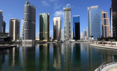 Jumeirah Lakes Towers en Dubai, Emiratos Árabes Unidos Foto de archivo