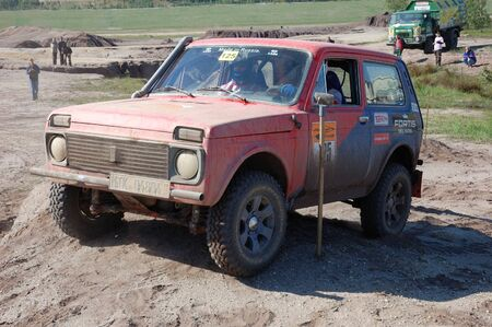 fourwheeldrive: Lada Niva at offroad rally competition