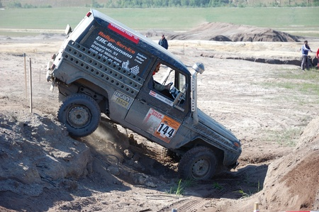 fourwheeldrive: Mercedes Benz 300 GD at offroad rally competition