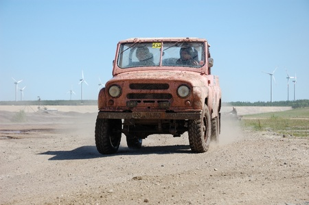 fourwheeldrive: Russian UAS jeep at offroad rally competition
