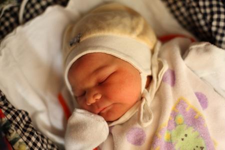 Newborn baby sleeping Stock Photo - 13134937