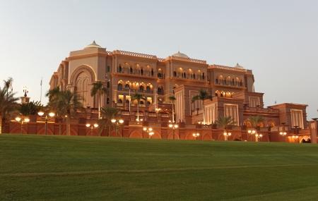 Verenigde Arabische Emiraten: Het Emirates Palace in Abu Dhabi, Verenigde Arabische Emiraten Redactioneel