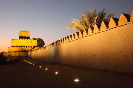 알 아인의 알 Jahili 요새, 아부 다비의 에미리트 스톡 콘텐츠