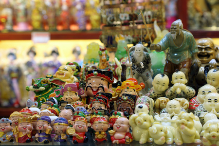 artisanry: Traditional chinese miniature figurines in Shanghai, China Stock Photo
