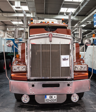 cummins: Historic Kenworth truck T 800 from 1983 at the 65th IAA Commercial Vehicles Fair 2014 in Hannover, Germany