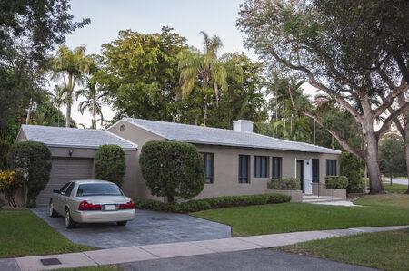 house gables: Casa residencial en Coral Gables, Florida, EE.UU.