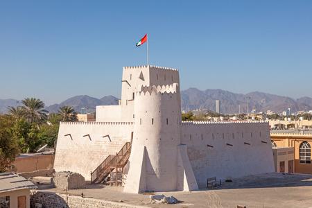 united arab emirate: Historic Kalba fort in the Emirate of Fujairah, United Arab Emirates